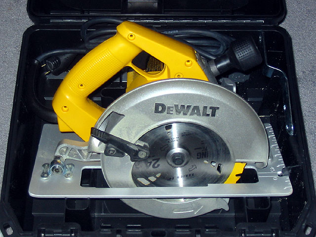 How to install a new blade on a circular saw images wiring table how to install new circular saw blade gallery wiring table and how to install new circular keyboard keysfo Gallery